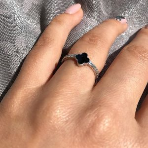 Кольца Van cleef - фотография на пальце, Сильвер стайл ЮА