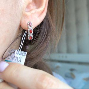 Серебряные серьги с красным цирконием фото