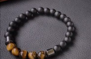 Мужской браслет INSPIRE | matte, tiger eye & hematite из бусин фото