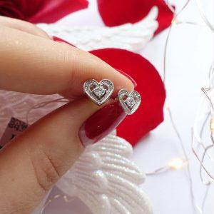 Серебряные серьги гвоздики сердце с цирконием фото