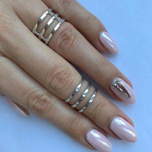 Серебряное кольцо без камней тройное глянцевое фото